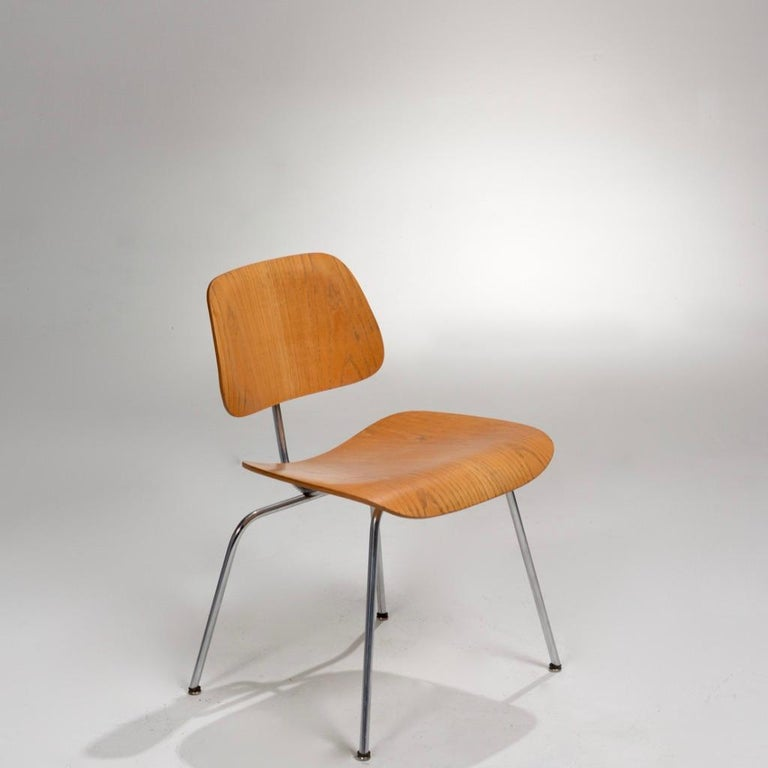 American DCM Chair by Charles and Ray Eames for Herman Miller For Sale
