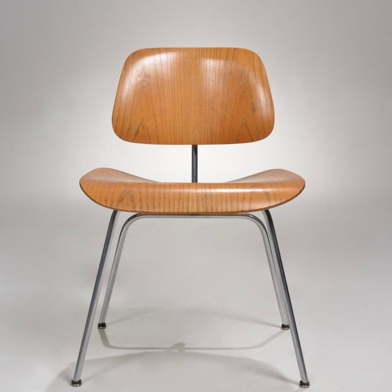 Plywood DCM Chair by Charles and Ray Eames for Herman Miller For Sale