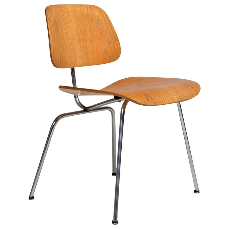 DCM Chair by Charles and Ray Eames for Herman Miller For Sale