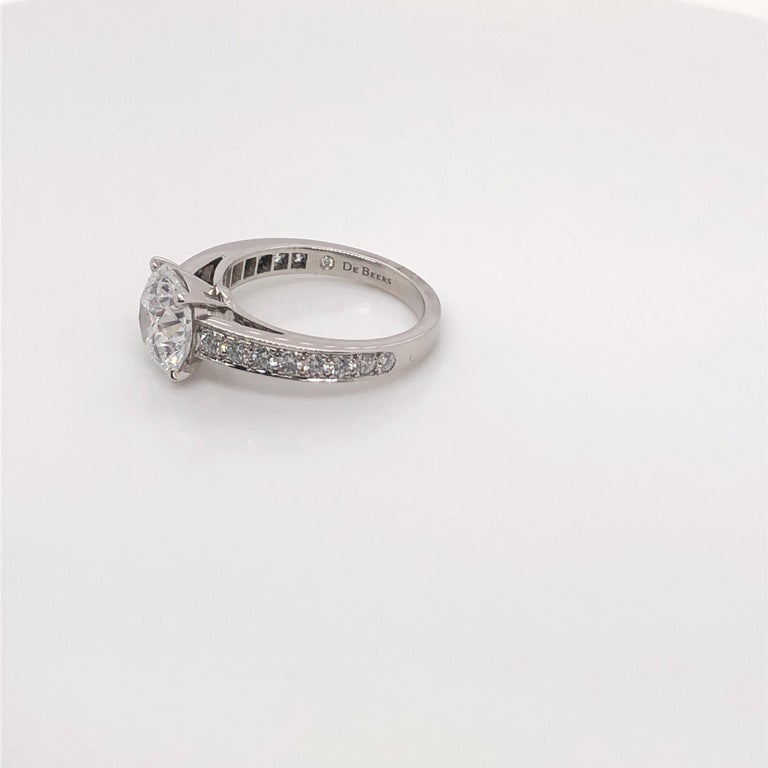 Women's De Beers 2.40 Carat Round Brilliant Cut Diamond Engagement Ring, GIA For Sale