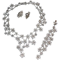 De Beers Wildflowers Diamond-Studded Necklace, Bracelet, and Earring 3-Piece Set