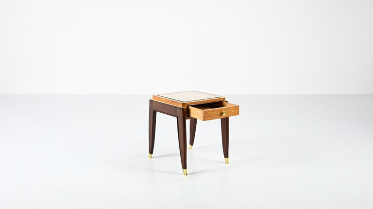 Mid-20th Century De Coene Frères, Ascribed to, a Pair of Art Déco Nightstands For Sale