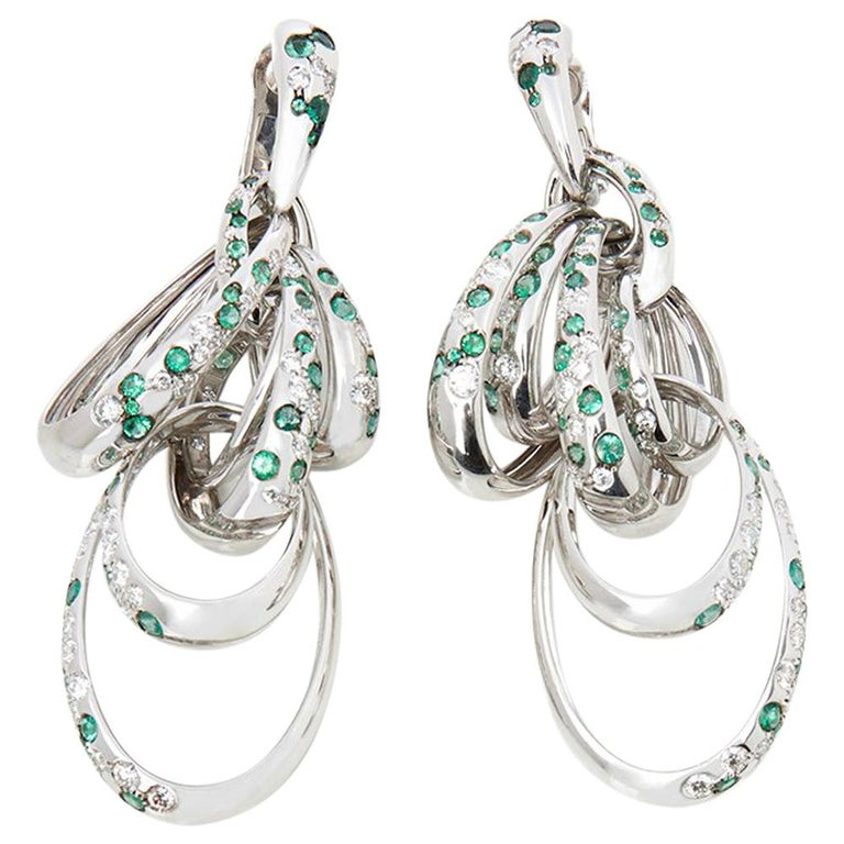 De Grisogono 18 Karat White Gold Diamond and Emerald Drop Catene Earrings For Sale