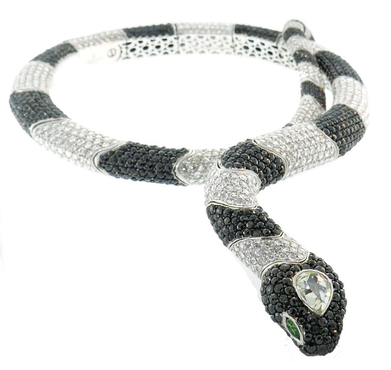 De Grisogono Diamond White Gold Snake Necklace In Excellent Condition For Sale In Beverly Hills, CA