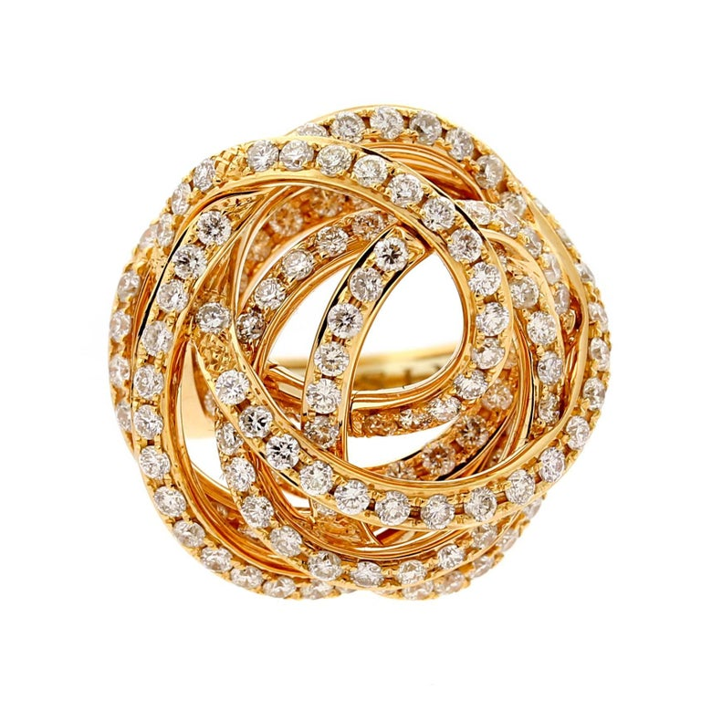 A fabulous nest design diamond cocktail ring by De Grisogono from the Matassa collection set with 3cts of the finest round brilliant cut diamonds in 18k rose gold.  Ring Size 5.75 (Resizeable)  Inventory ID: 0000560