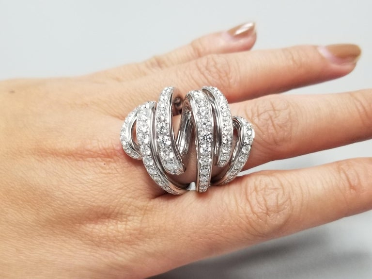 De Grisogono Nouvelle Vortice Collection 18 Karat Diamond Cocktail Ring For Sale 4