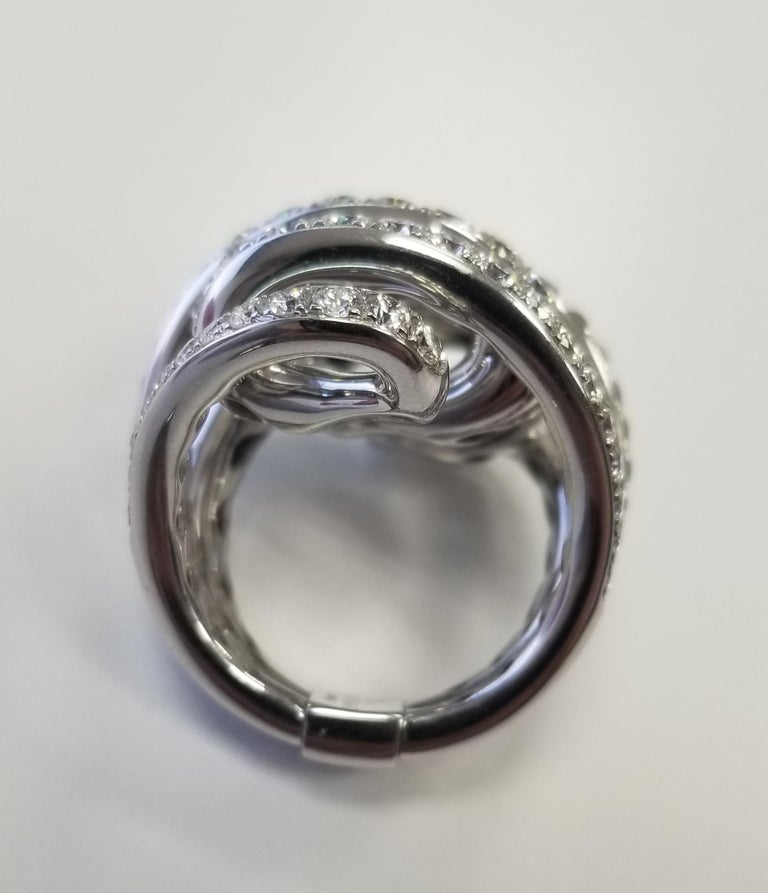 De Grisogono Nouvelle Vortice Collection 18 Karat Diamond Cocktail Ring In Excellent Condition For Sale In Los Angeles, CA