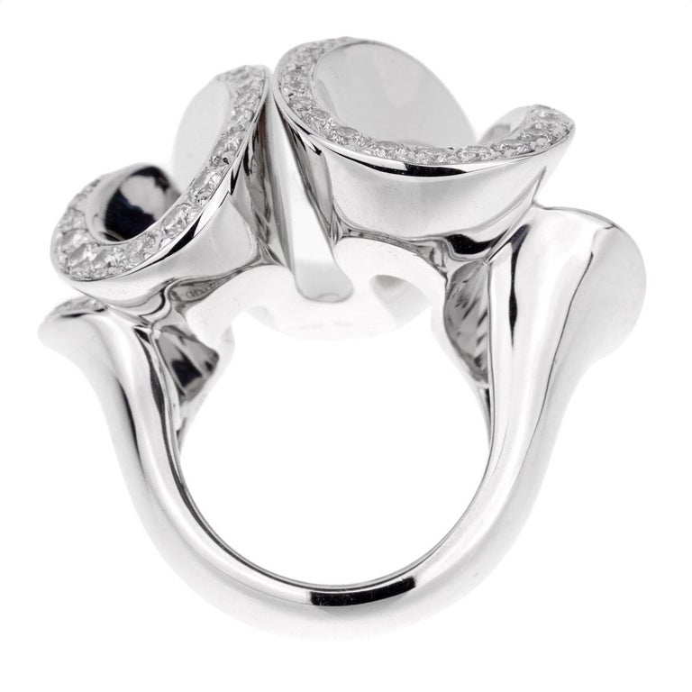 De Grisogono White Gold Diamond Zigana Cocktail Ring In Excellent Condition For Sale In Feasterville, PA