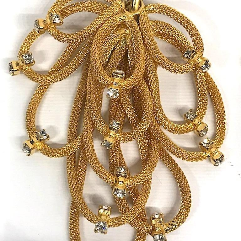 De Liaguoro 1980s Gold Mesh & Rhinestone Chandelier pendant Earrings In Good Condition For Sale In New York, NY