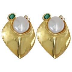 De Saedeleer 18kt Yellow Gold Clip-On Earrings with Diamond, Emerald, Pearl