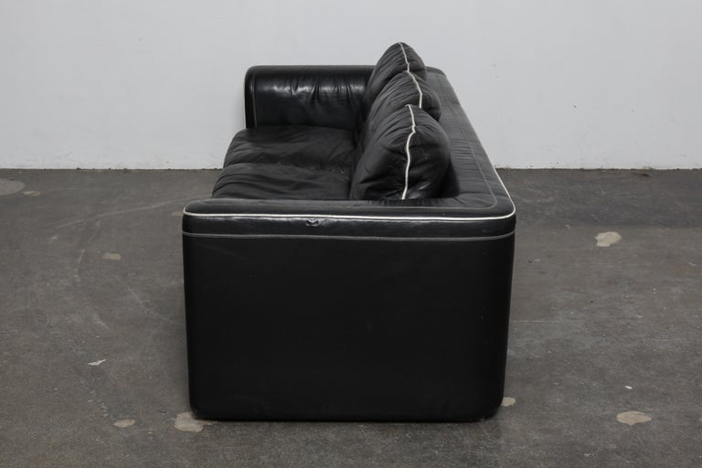 Swiss De Sede 1980s Black Leather 3-Seat Sofa For Sale