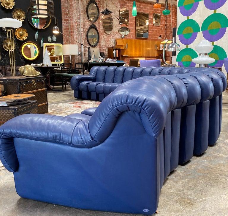 De Sede 600 Non Stop Blue 22 Element Sofa, 1970s In Good Condition For Sale In Los Angeles, CA