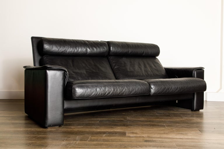 Late 20th Century De Sede Aged Black Leather Recliner Loveseat Sofa, 1970s Switzerland, Signed For Sale