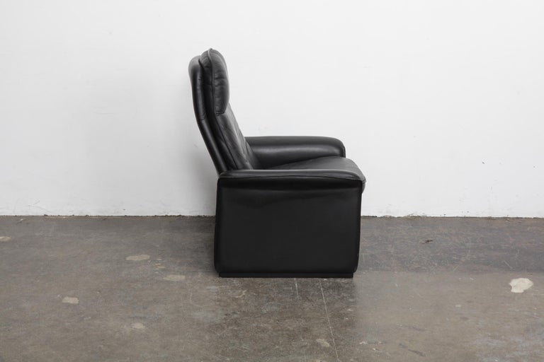 Mid-Century Modern De Sede Black Leather Reclining DS50 Lounge Chair, Switzerland, 1970s For Sale