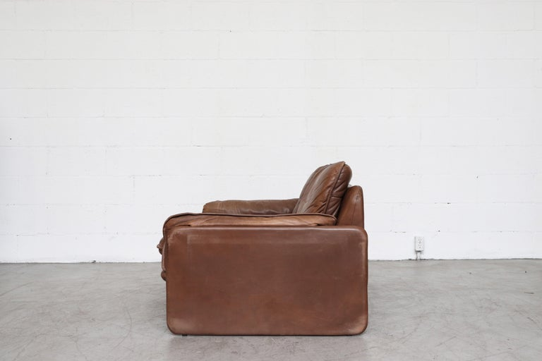 De Sede Brown DS 61 Leather Loveseat Sofa In Good Condition For Sale In Los Angeles, CA