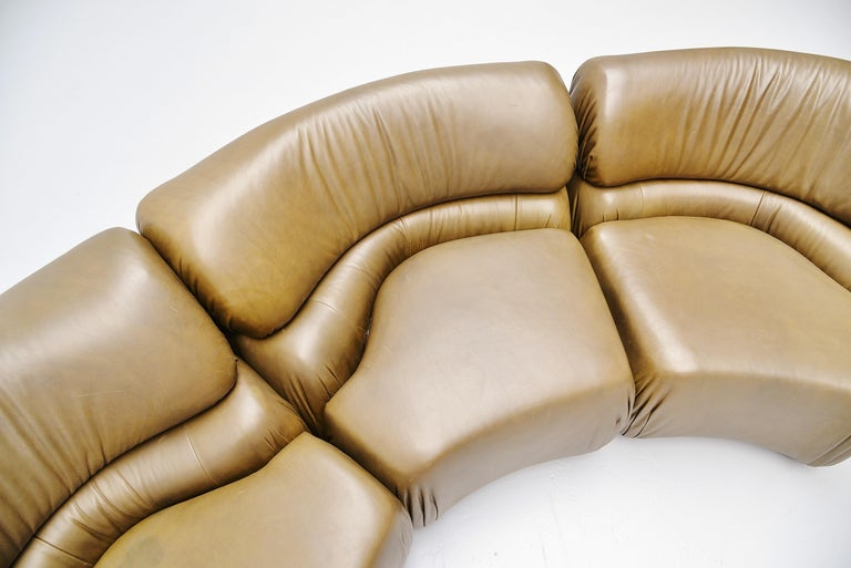 De Sede Cosmos Lounge Sofa Switzerland 1970 Olive Green 1