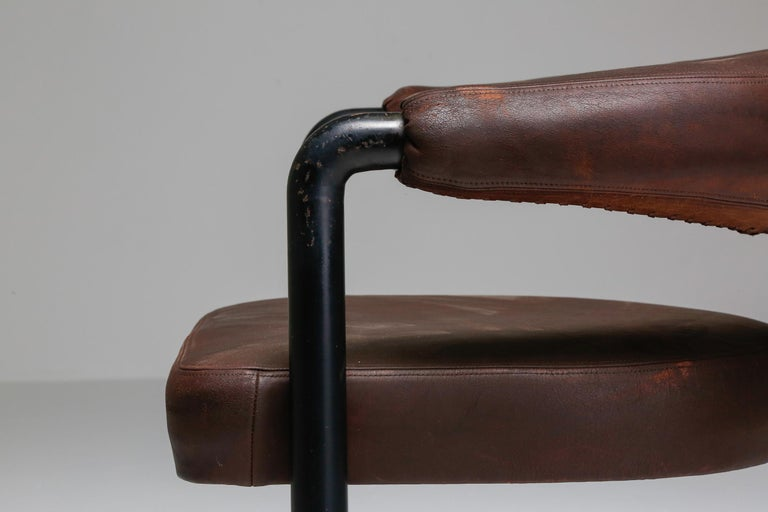 De Sede Dining Chairs by Nienkamper in Brown Leather and Black Tubular Steel In Good Condition For Sale In Antwerp, BE
