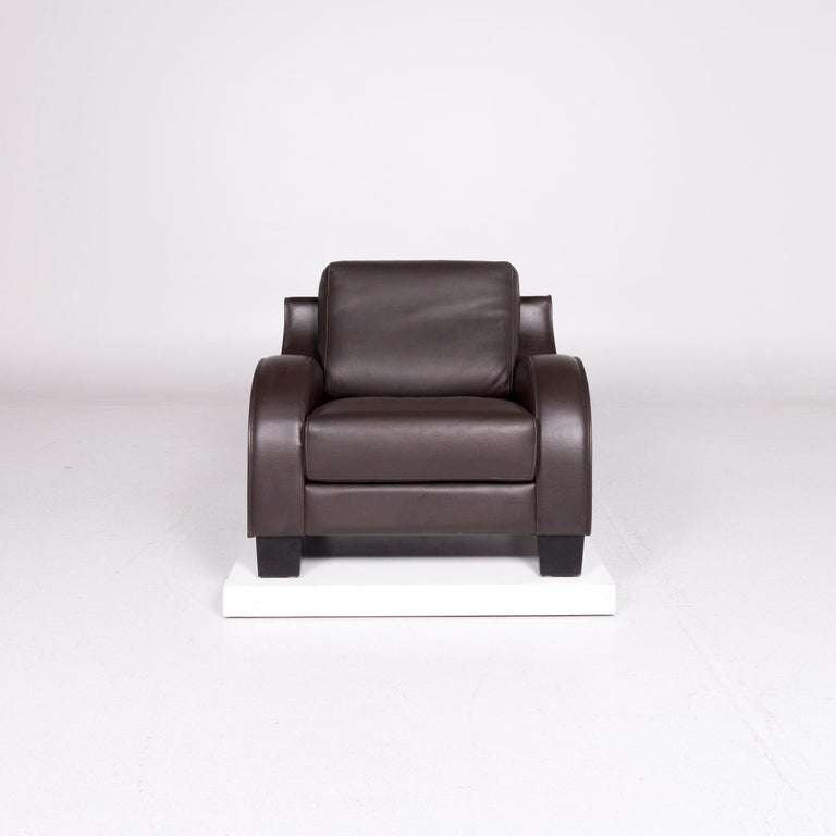 We present to you a de Sede DS 122-01 leather armchair brown.     Product measurements in centimeters:    Depth: 91 Width: 89 Height: 80 Seat height: 44 Rest height: 55 Seat depth: 54 Seat width: 58 Back height: 37.
