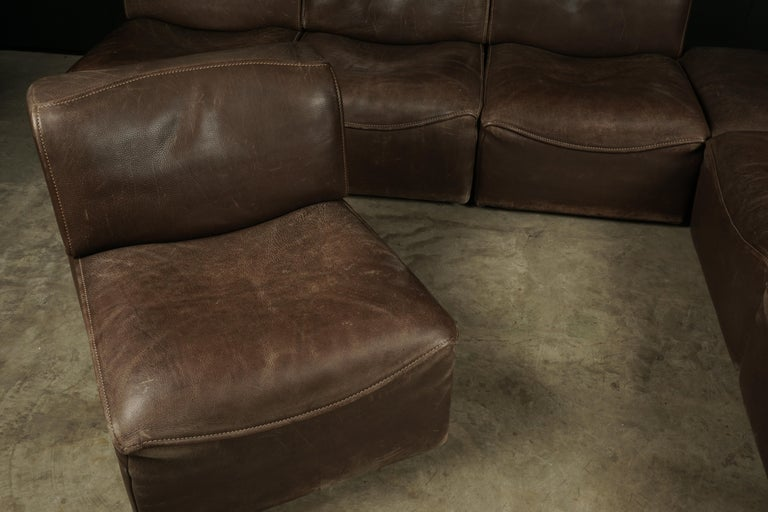 Vintage De Sede 'Ds-15' Modular Sofa in Brown Buffalo Leather from Switzerland In Good Condition For Sale In Nashville, TN