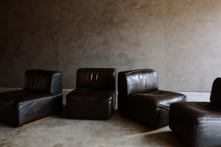 European De Sede 'Ds-15' Modular Sofa in Buffalo Leather From Switzerland, 1970s For Sale