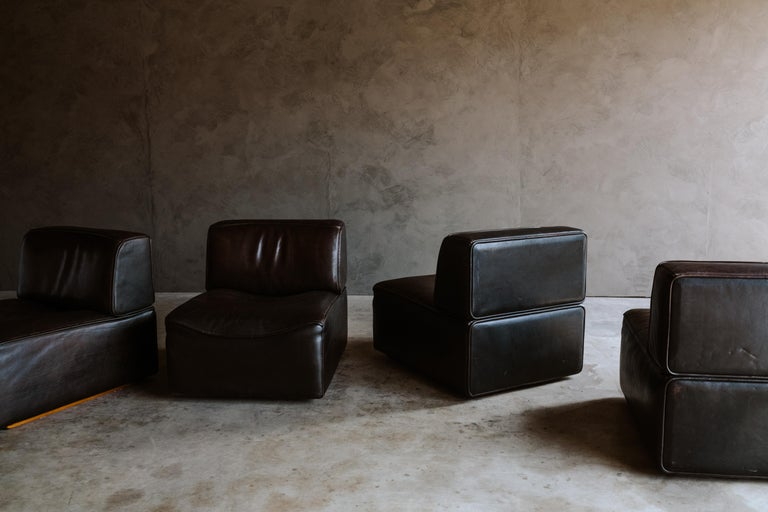 De Sede 'Ds-15' Modular Sofa in Buffalo Leather From Switzerland, 1970s For Sale 1