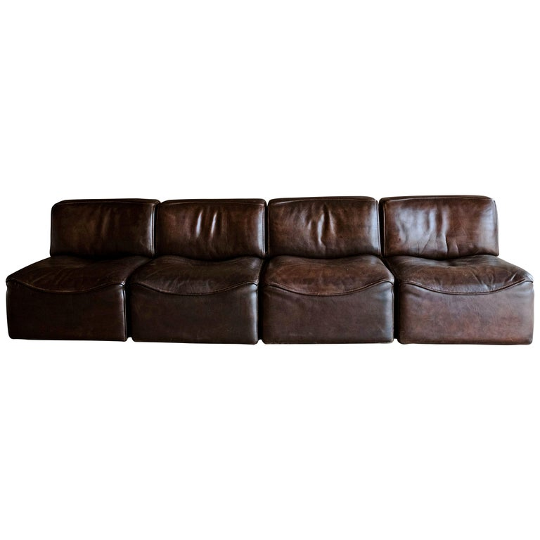 De Sede 'Ds-15' Modular Sofa in Buffalo Leather From Switzerland, 1970s For Sale