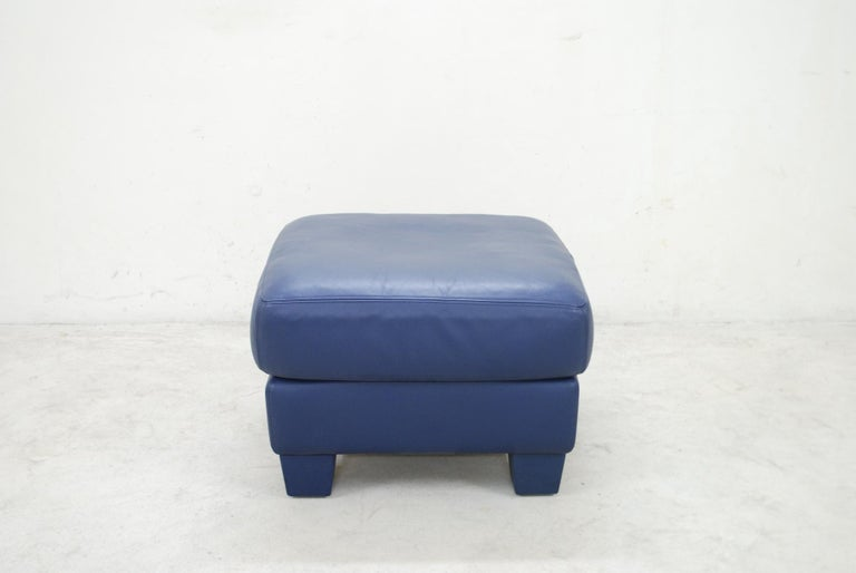 Swiss De Sede DS 17 Pair of Blue Leather Ottoman or Pouf For Sale