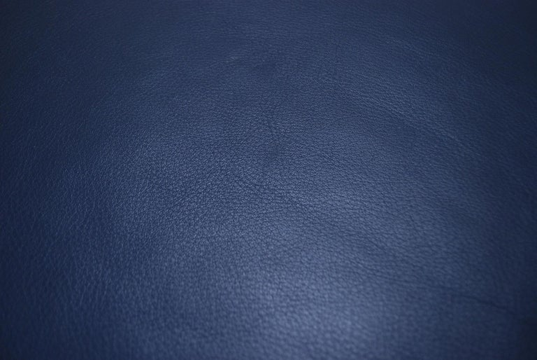 De Sede DS 17 Pair of Blue Leather Ottoman or Pouf In Good Condition For Sale In Munich, Bavaria