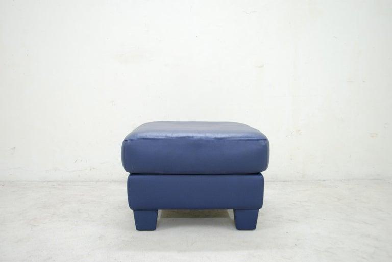 De Sede DS 17 Pair of Blue Leather Ottoman or Pouf For Sale 1