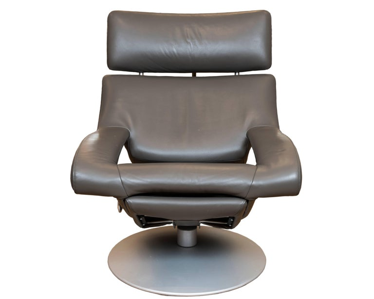 Hand-Crafted De Sede DS-255 Recliner in Grey Leather For Sale