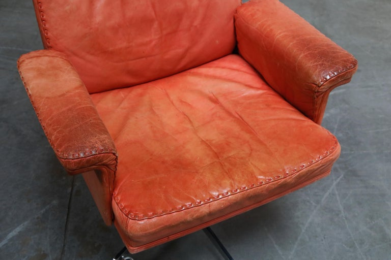 De Sede DS-35 Distressed Leather Executive Office Chair, Signed and Dated 1969 For Sale 7