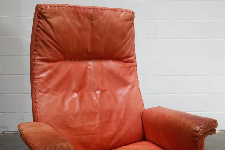 De Sede DS-35 Distressed Leather Executive Office Chair, Signed and Dated 1969 For Sale 8