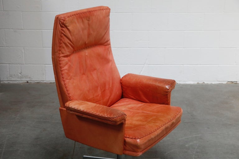 De Sede DS-35 Distressed Leather Executive Office Chair, Signed and Dated 1969 For Sale 9