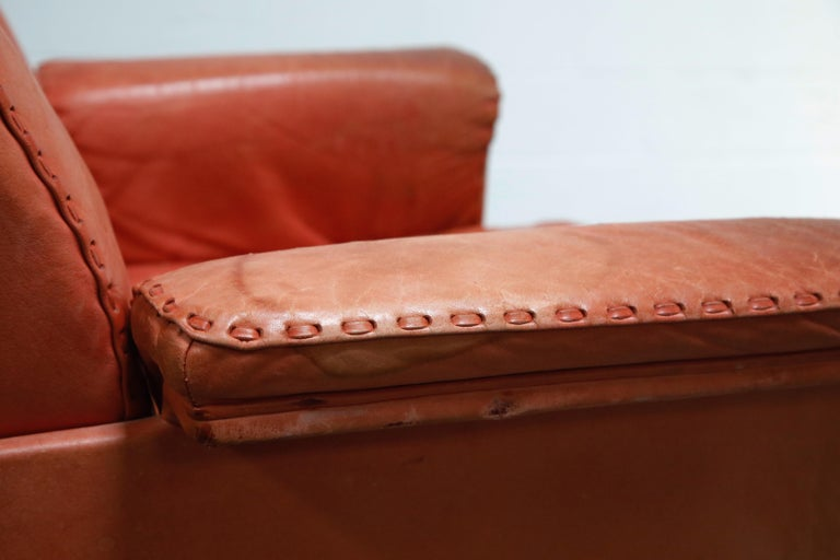 De Sede DS-35 Distressed Leather Executive Office Chair, Signed and Dated 1969 For Sale 12