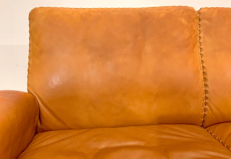 De Sede DS-35 Two-Seat Sofa Loveseat in Cognac Brown Leather, Switzerland, 1960s For Sale 6