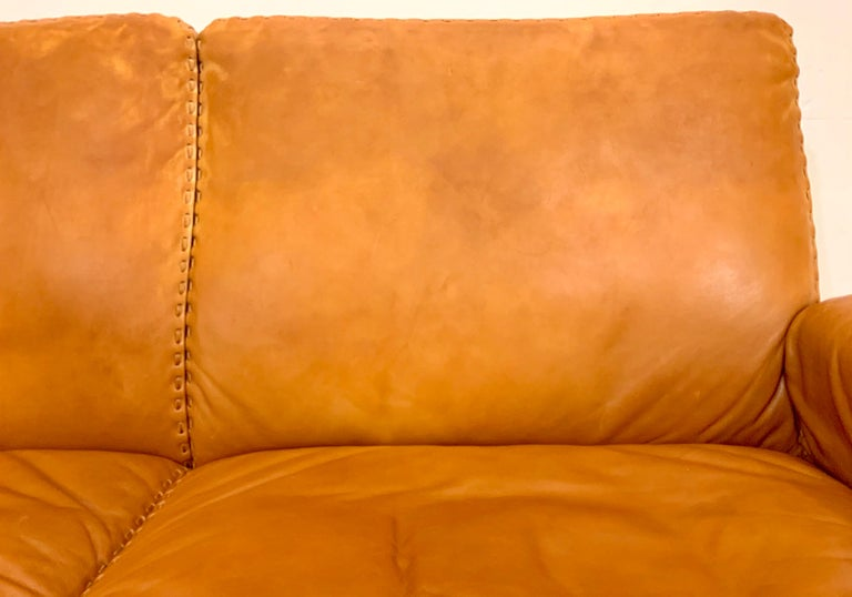 De Sede DS-35 Two-Seat Sofa Loveseat in Cognac Brown Leather, Switzerland, 1960s For Sale 7