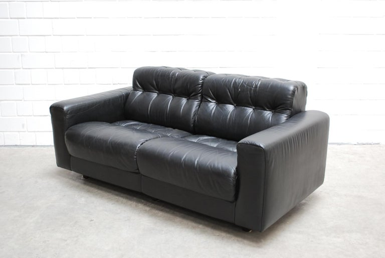 De Sede DS 40 2-Seat Sofa Black Leather Sofa, 1970