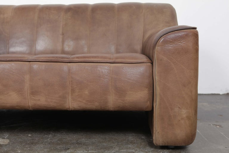 De Sede DS 44 2-Seat Sofa in Buffalo Leather, Switzerland, 1970s For Sale 6