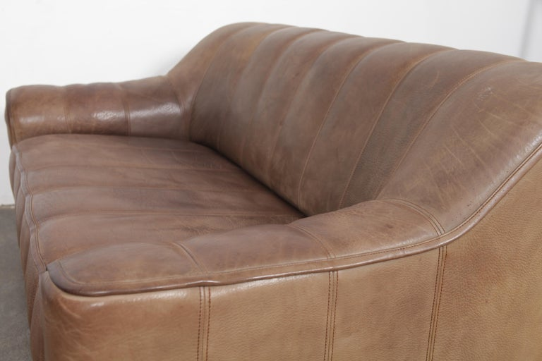 De Sede DS 44 2-Seat Sofa in Buffalo Leather, Switzerland, 1970s For Sale 10