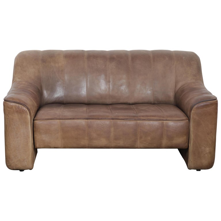 De Sede DS 44 2-Seat Sofa in Buffalo Leather, Switzerland, 1970s For Sale