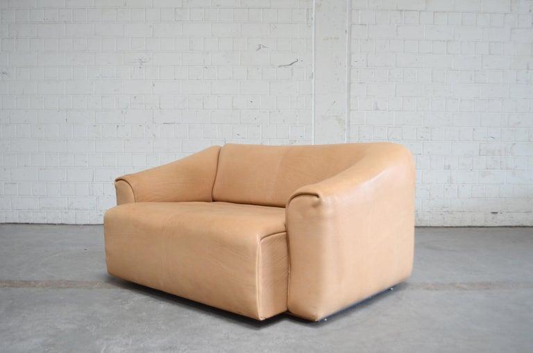 De Sede DS 47 Loveseat Neck Leather Sofa For Sale 5