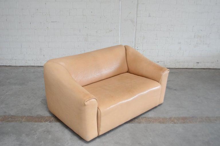 De Sede DS 47 Loveseat Neck Leather Sofa For Sale 13