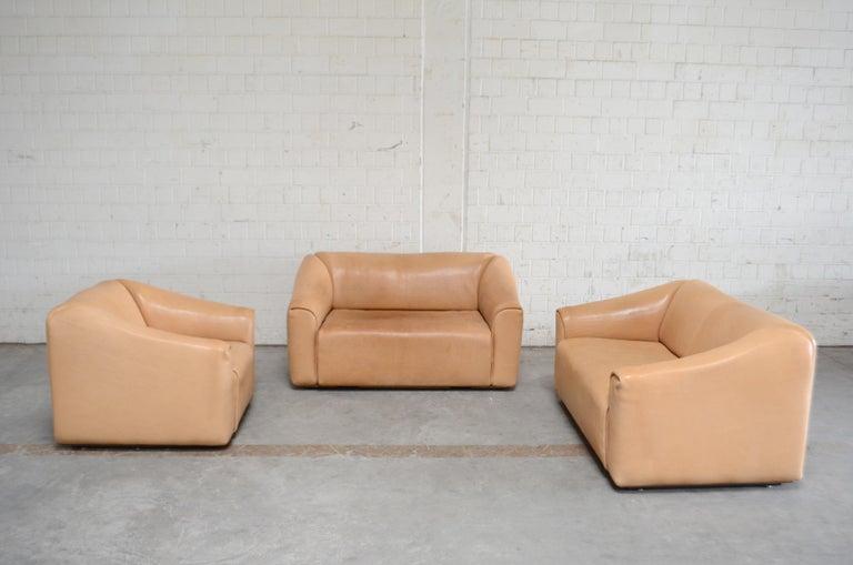 De Sede DS 47 Loveseat Neck Leather Sofa For Sale 14