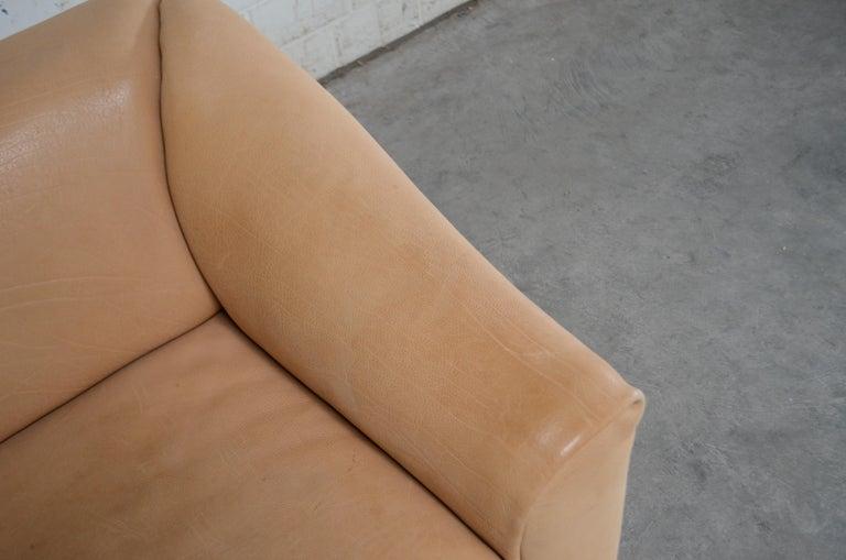 Late 20th Century De Sede DS 47 Loveseat Neck Leather Sofa For Sale