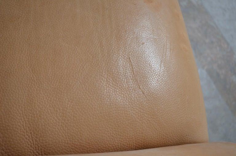 De Sede DS 47 Loveseat Neck Leather Sofa For Sale 1