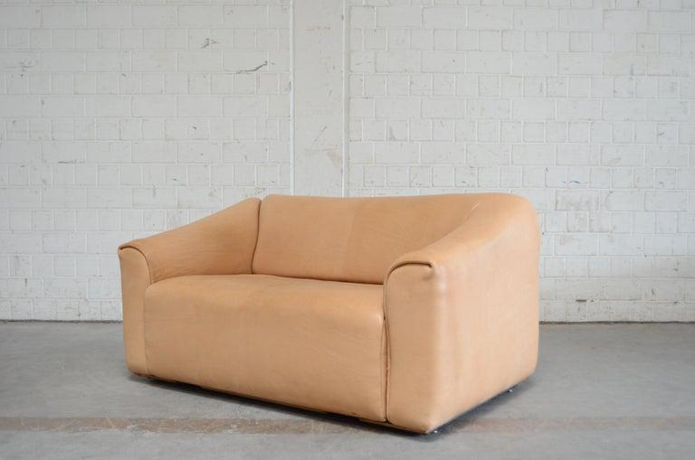 De Sede DS 47 Loveseat Neck Leather Sofa For Sale 3