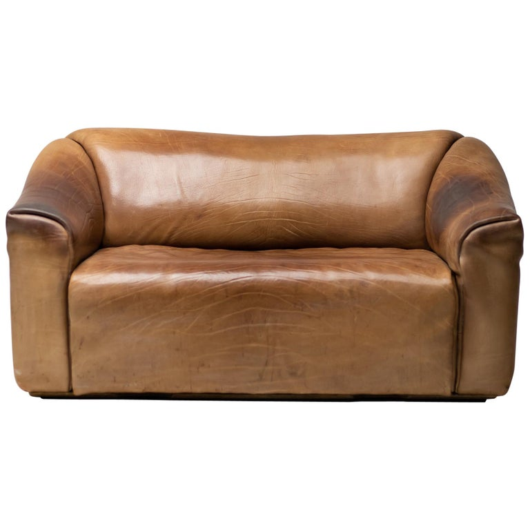 De Sede DS-47 Sofa in Brown Buffalo Leather For Sale