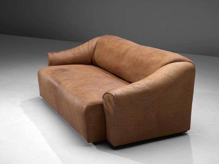 Swiss De Sede DS-47 Sofa in Cognac Leather For Sale
