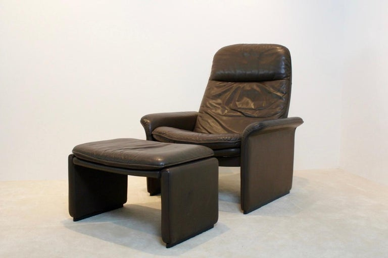 Stainless Steel De Sede DS-50 Adjustable Lounge Chair and Ottoman in Soft Thick Chocolate Brown For Sale
