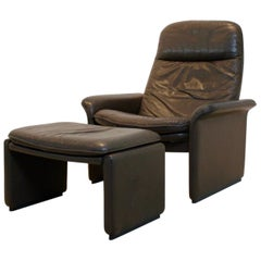 De Sede DS-50 Adjustable Lounge Chair and Ottoman in Soft Thick Chocolate Brown